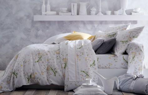 une chambre qui fleure bon le printemps avec ma housse de couette cocon d co vie nomade. Black Bedroom Furniture Sets. Home Design Ideas