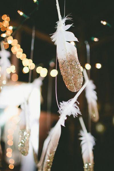 decoration suspendue mariage plume