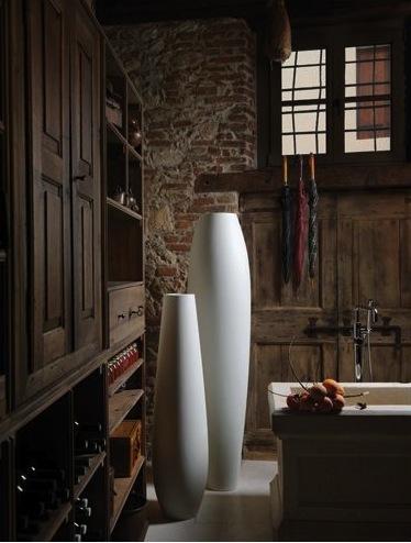 nicole-175-plust-vase-design