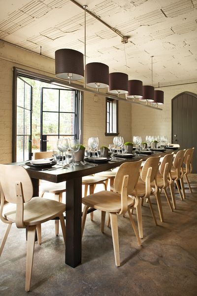 Inspiration salle manger contemporaine cocon de for Grande table de salle a manger design