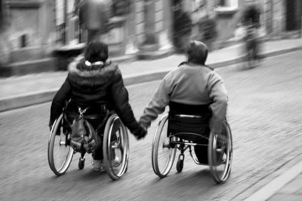 un pav dans la mare l accessibilit pour les personnes handicap es cocon de d coration le blog. Black Bedroom Furniture Sets. Home Design Ideas