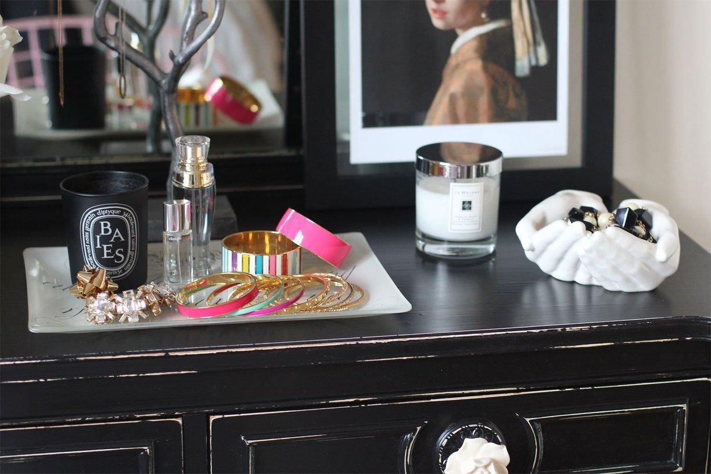 pompom en folie cocon de d coration le blog. Black Bedroom Furniture Sets. Home Design Ideas