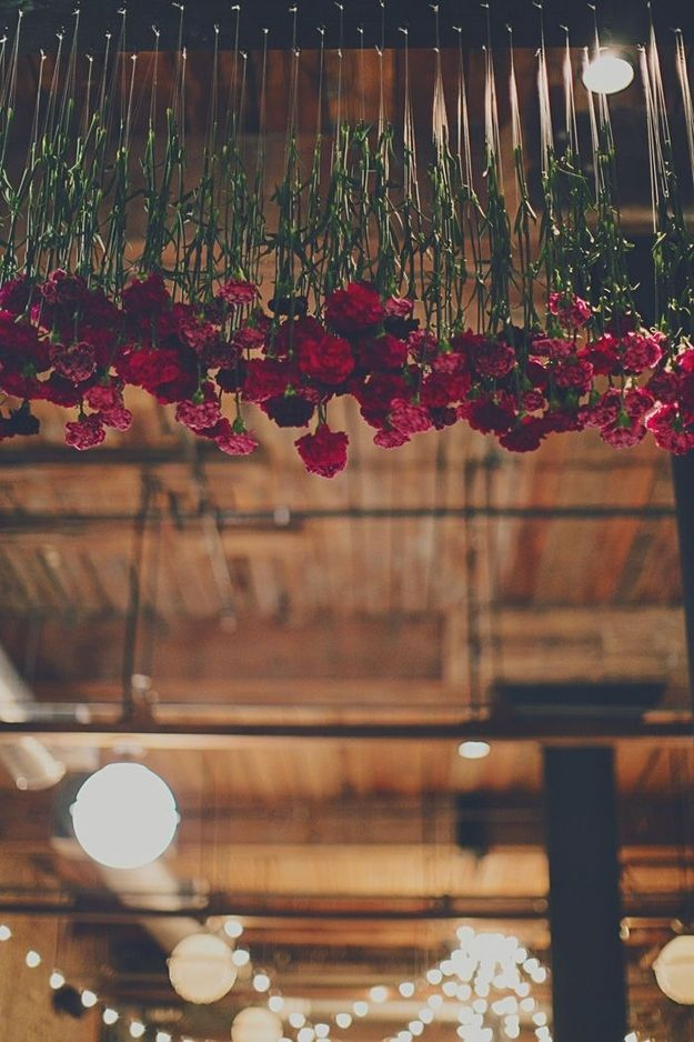 fleurs suspendues mariage deco