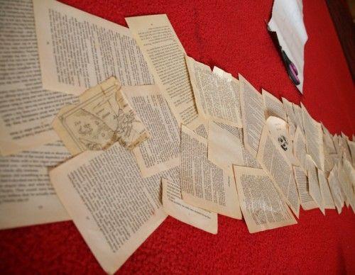 chemin de table vieux livre