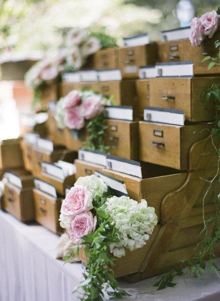mise en scene fleur mariage romantique