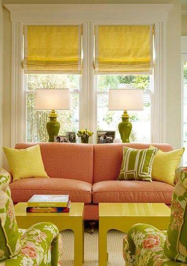 vintage salon jaune et corail