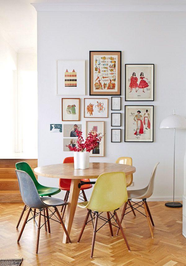 Des touches de couleurs dans la salle manger cocon de for Table salle manger pour petit espace