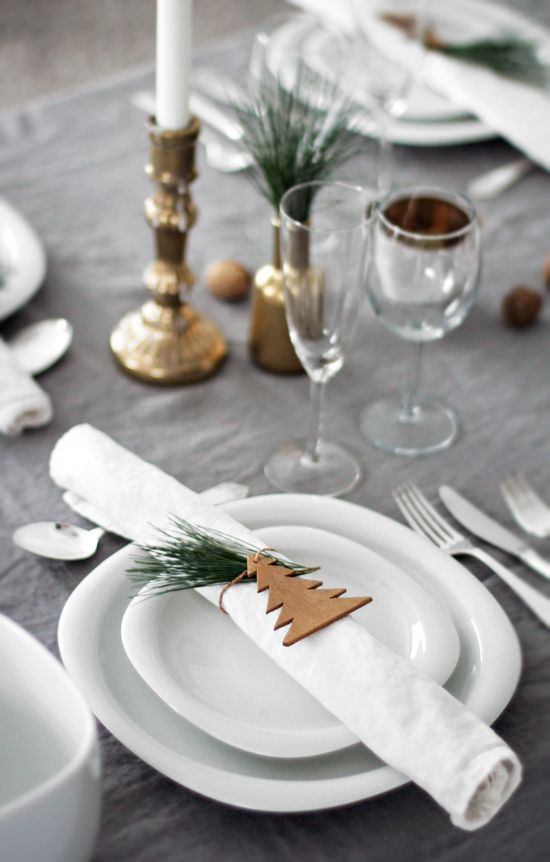 No l une d co de table traditionnelle cocon de d coration le blog - Decoration de table noel ...