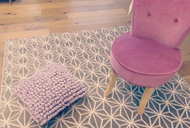le tapis votre alli pour cet hiver cocon d co vie nomade. Black Bedroom Furniture Sets. Home Design Ideas