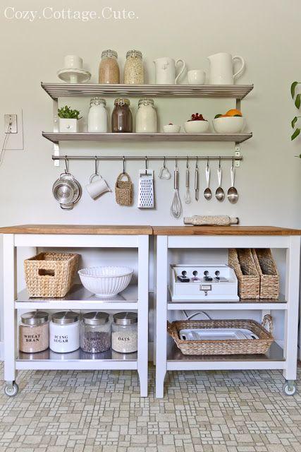 Inspiration en vrac les petites cuisines cocon de - Plan de travail cuisine avec rangement ...