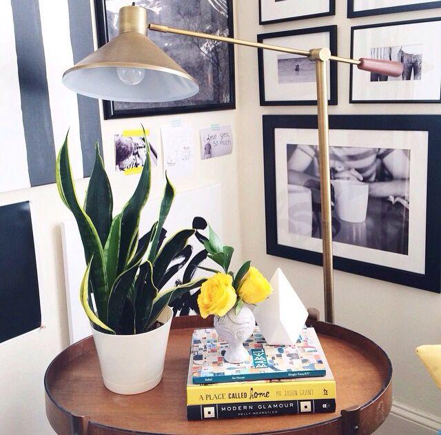 bureau qui ne prend pas de place je recherchais un oreiller de voyage pour dormir ou me reposer. Black Bedroom Furniture Sets. Home Design Ideas