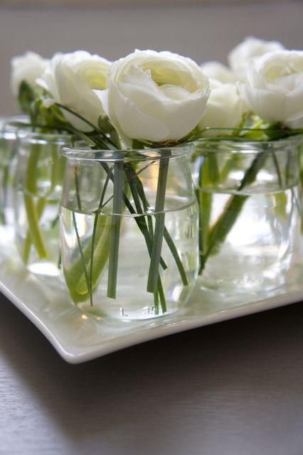 centre de table facile fleur blanche
