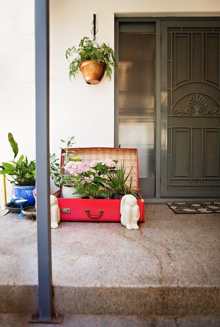 entree exterieur plante valise recup