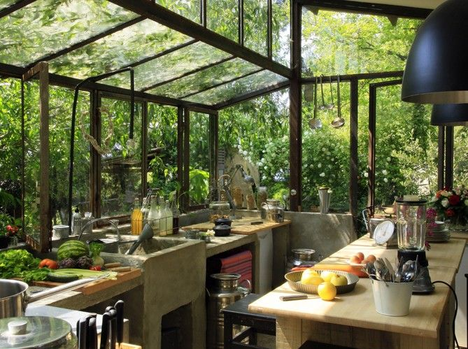 Inspiration entre int rieur et ext rieur la v randa for Cuisine veranda photos