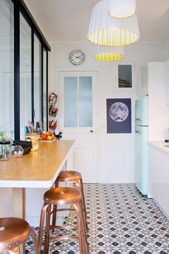 des carreaux de ciment dans la cuisine cocon d co. Black Bedroom Furniture Sets. Home Design Ideas