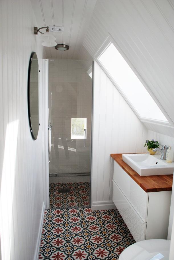 des sols originaux pour la salle de bain ? cocon de décoration: le ... - Motif Carrelage Salle De Bain