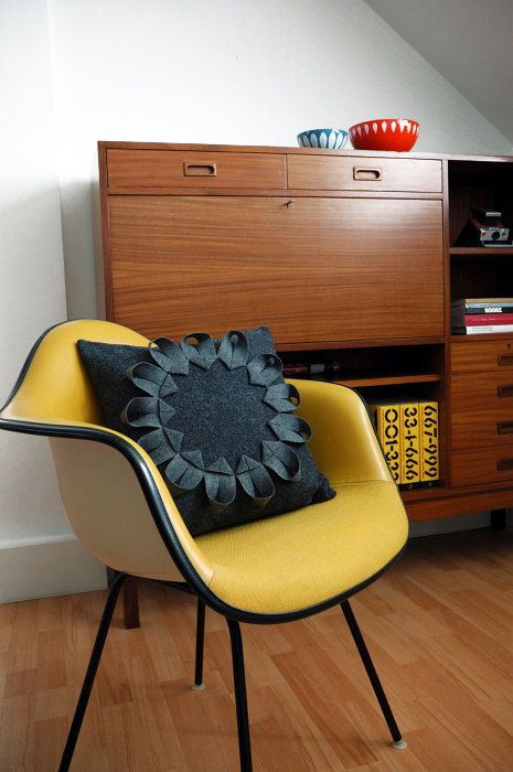 le jaune moutarde pour une rentr e douce et piquante la fois cocon d co vie nomade. Black Bedroom Furniture Sets. Home Design Ideas