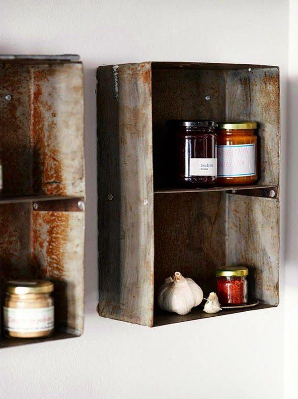 caisse metal detournee cuisine etagere recup