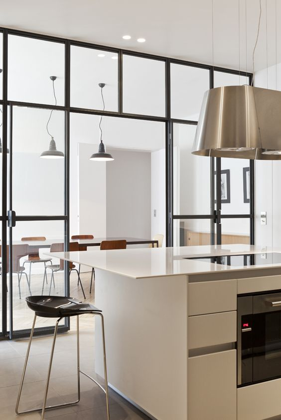 Une verri re dans la cuisine cocon de d coration le blog for Separation de cuisine en verre