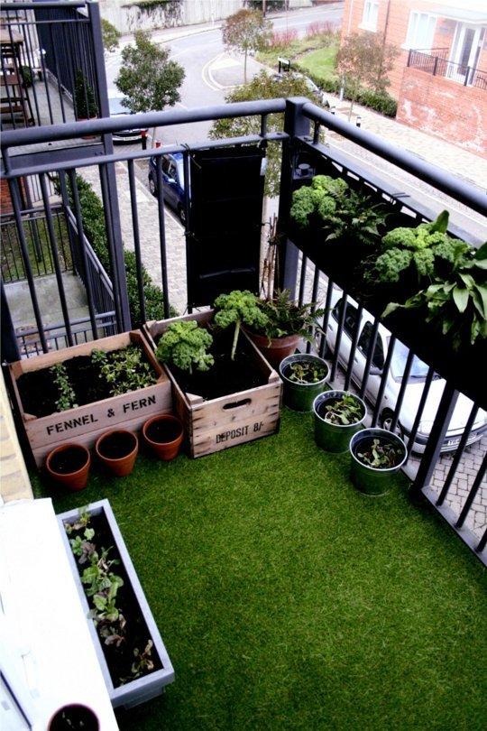 Inspiration petits espaces ext rieurs cocon de for Plan balcon exterieur