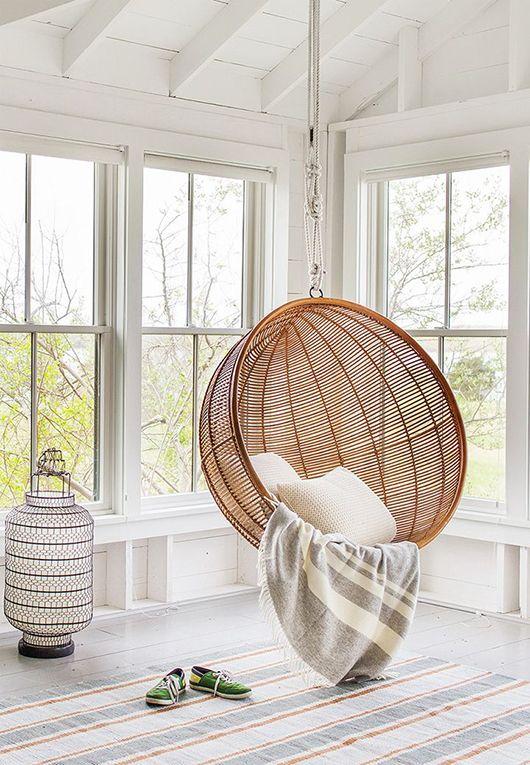 deco interieur balancelle bois blanc scandinave