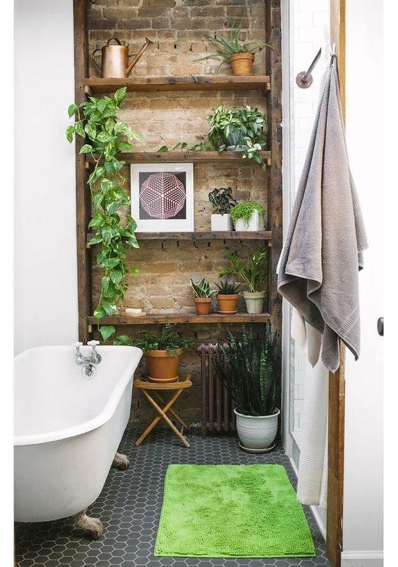 inspiration deco salle de bain plante et brique