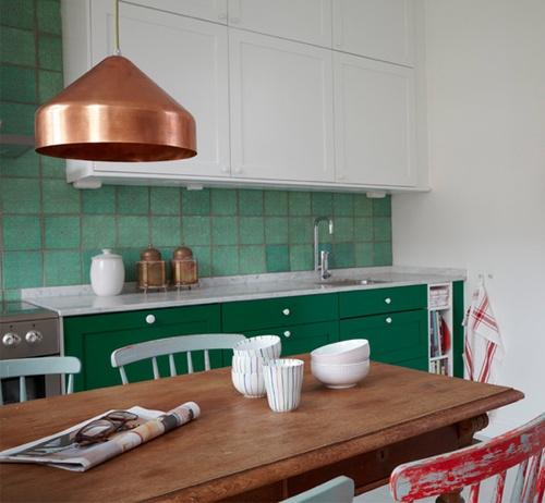 Une touche de couleur dans la cuisine cocon de for Decoration de cuisine 2016