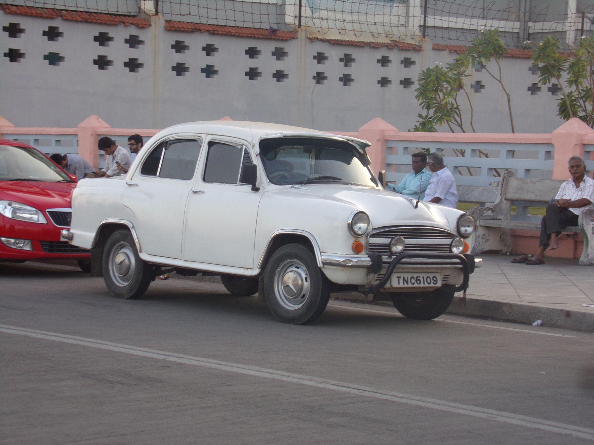 voiture ancienne inde pondicherry vintage