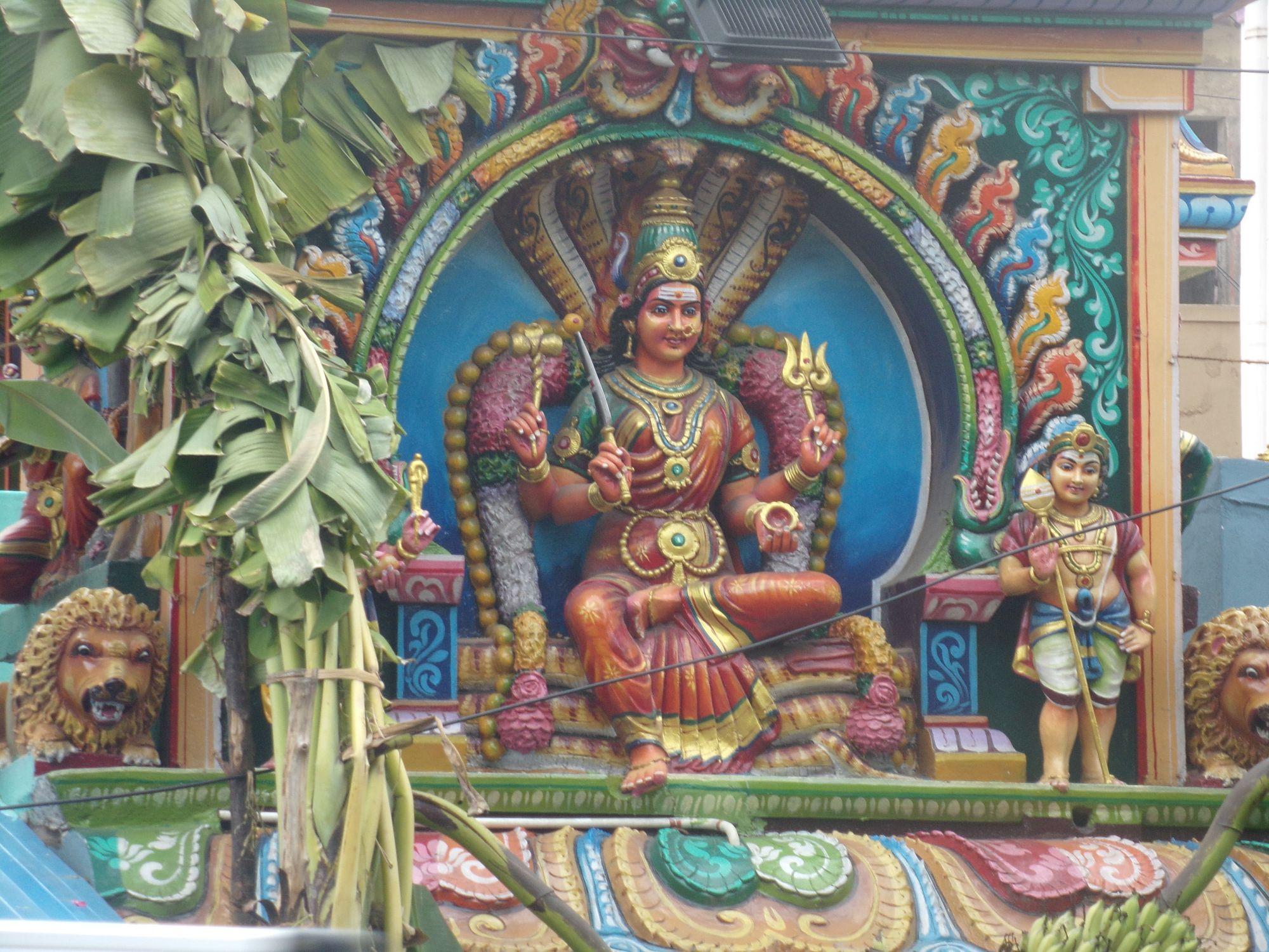temple hindou pondicherry deesse et details