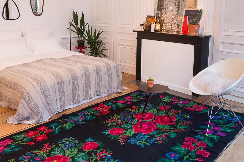 Les tapis moldaves de la tradition dans votre d co - Tapis salon grande taille ...
