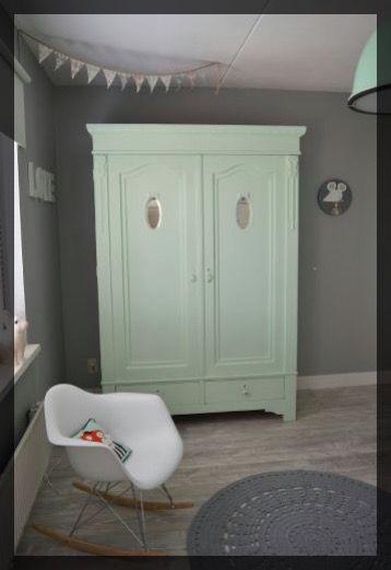 armoire deco vert tendre diy relooking
