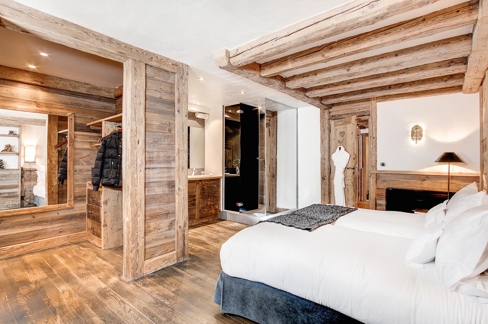 suite-signature-hotel-la-sivoliere-chambre-decoration-inspiration