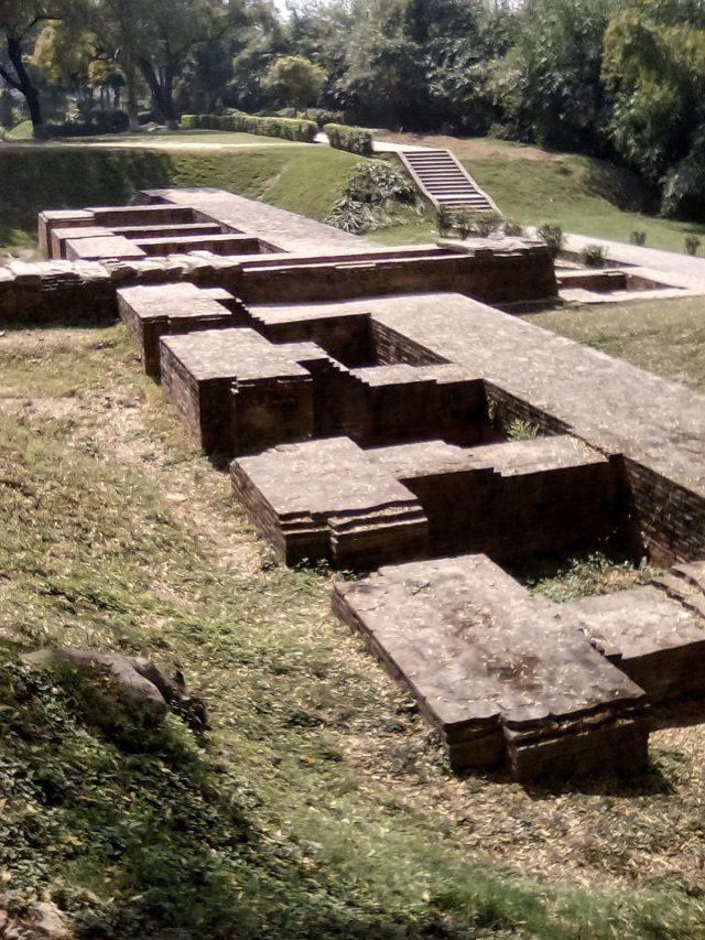 sarnath inde decouverte site archeo monastere ancien