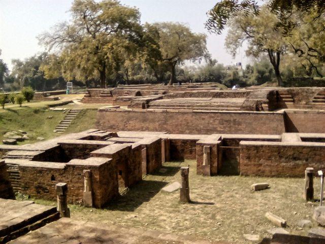 sarnath inde site archeologique bouddha