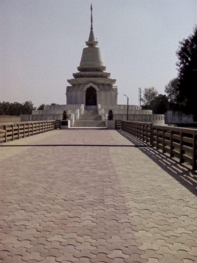 temple bouddha sarnath inde