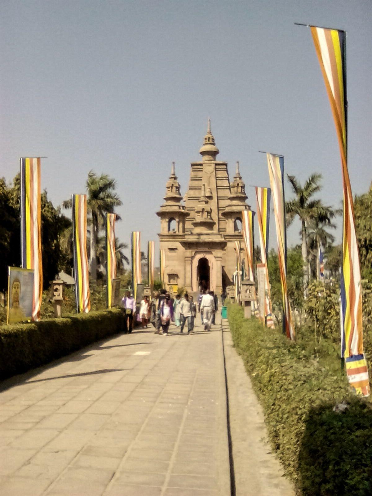 temple bouddha sarnath inde du nord