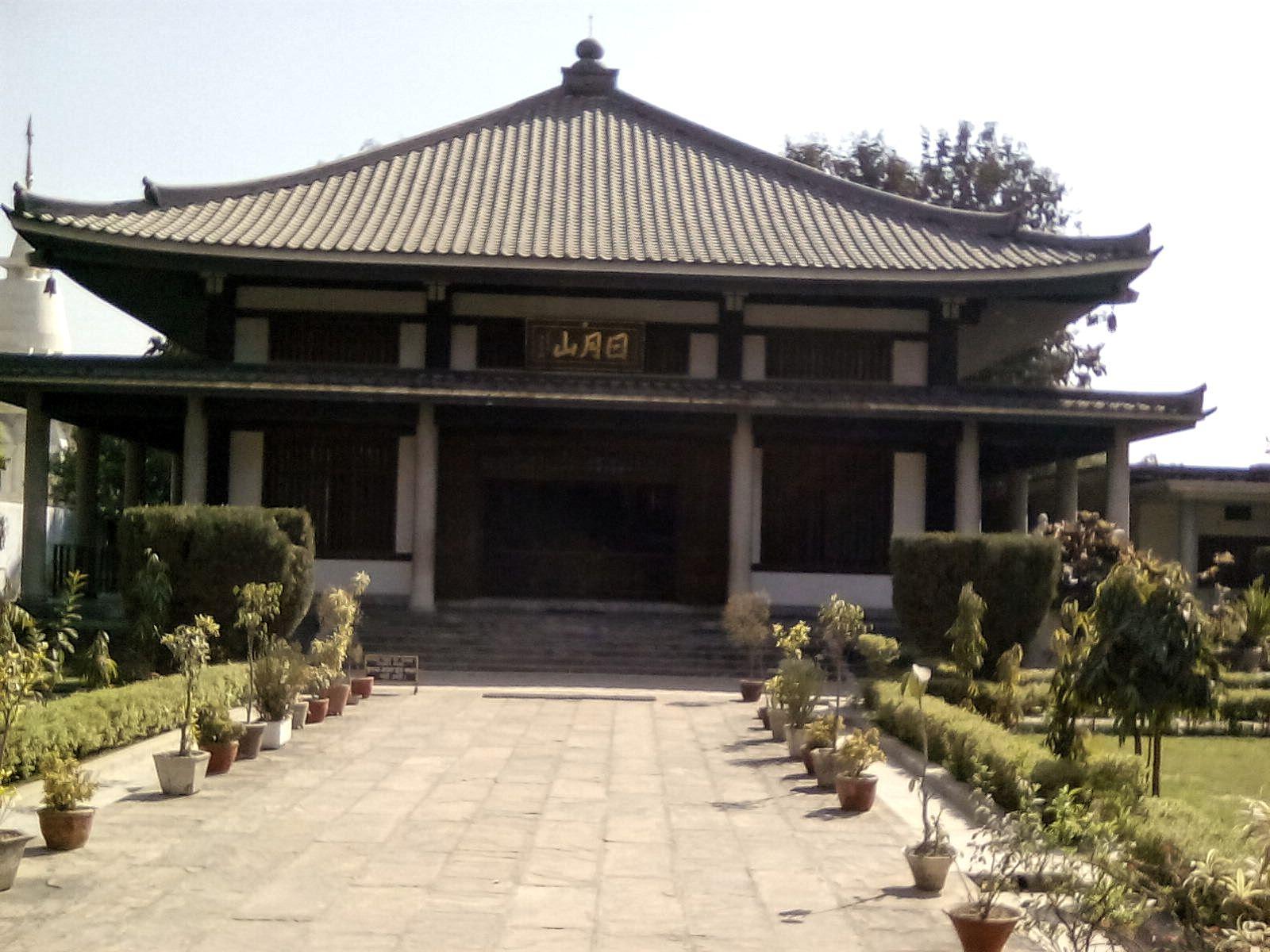 D coration bouddhiste id e inspirante pour for Decoration habitat