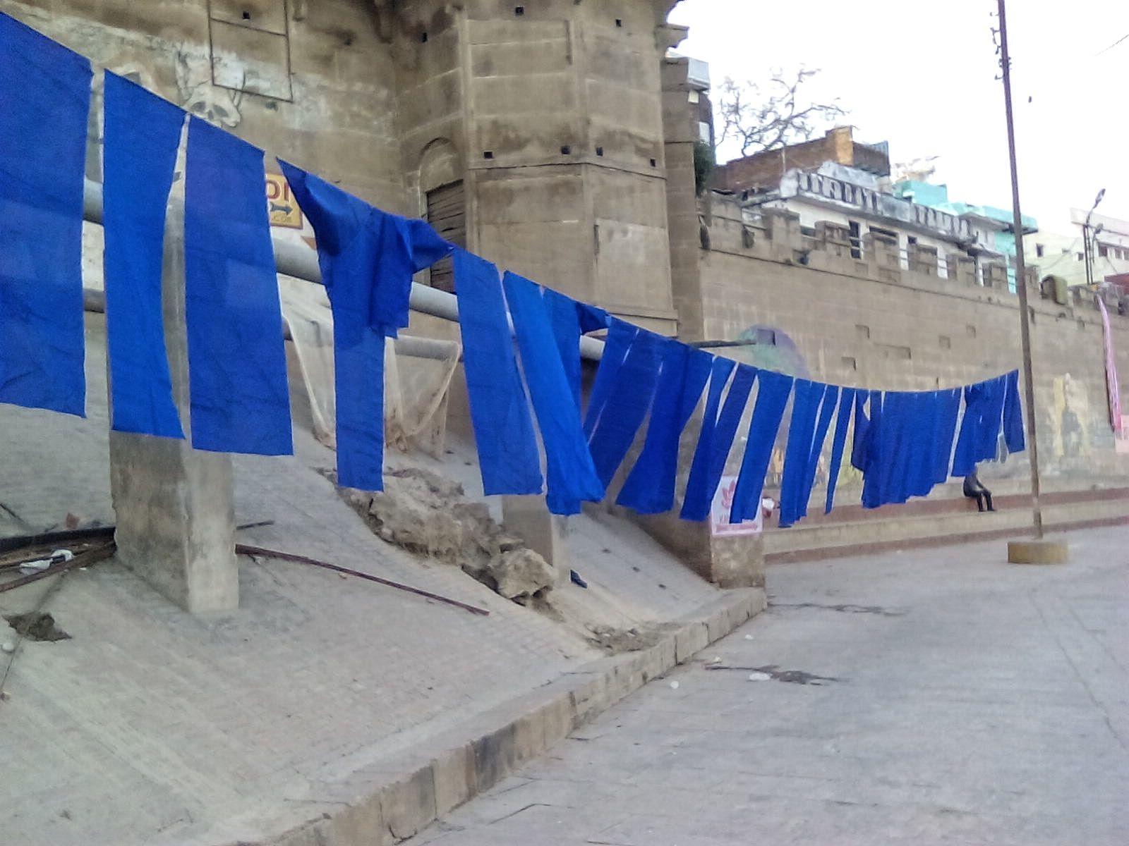 varanasi ghat couleur linge gange