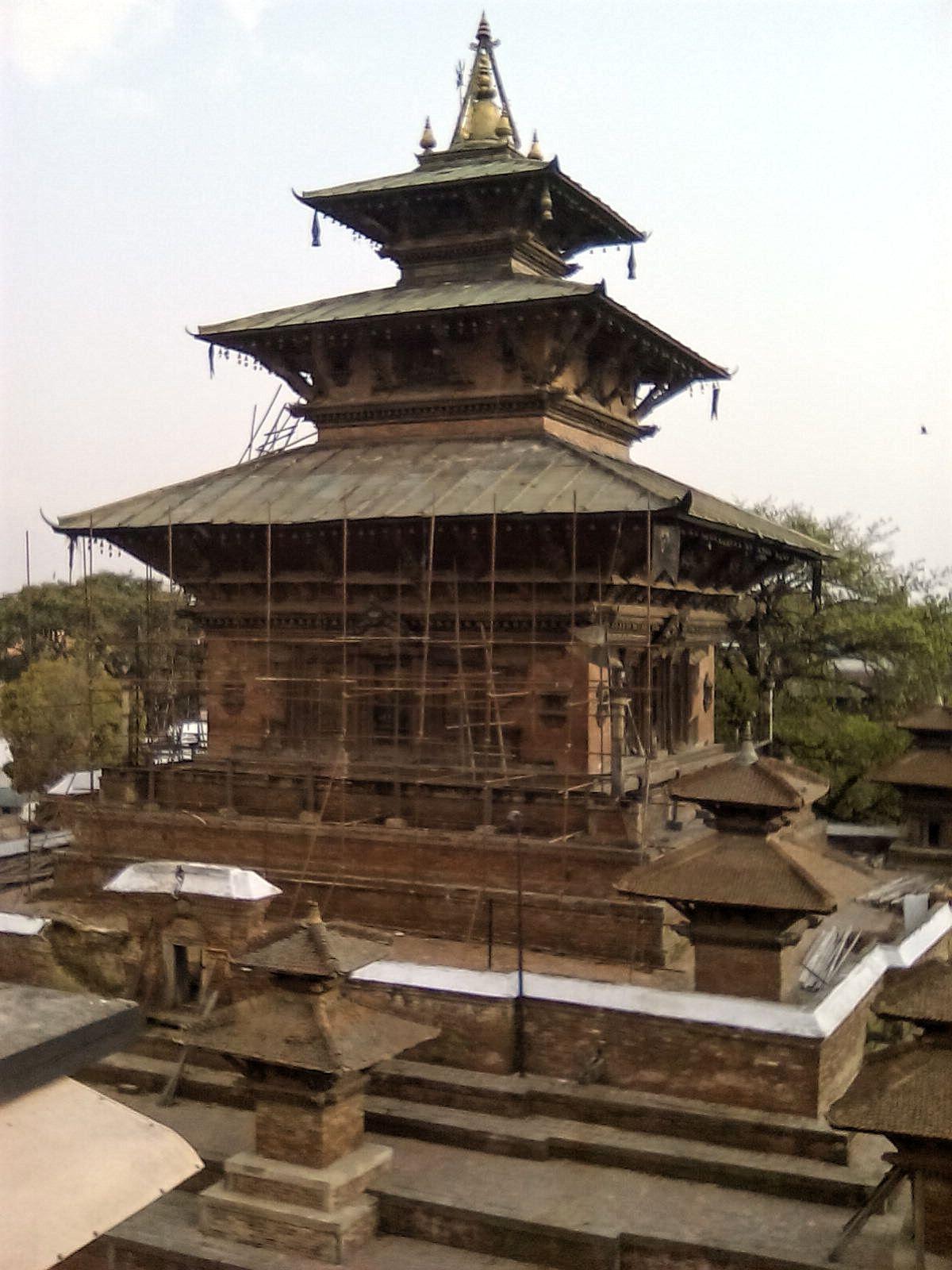 durbar square telaju temple reconstruction nepal katmandou