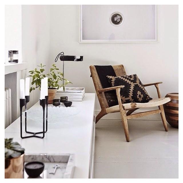 kinfolk deco interieur tendance salon fauteuil