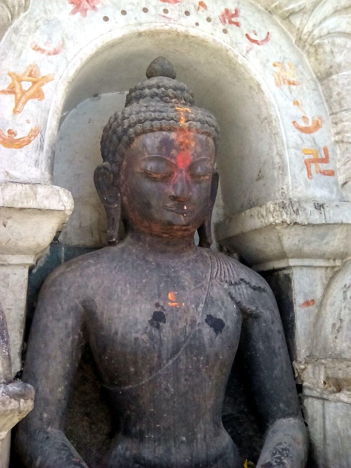 bouddha katmandou bouddhisme visite nepal vie nomade