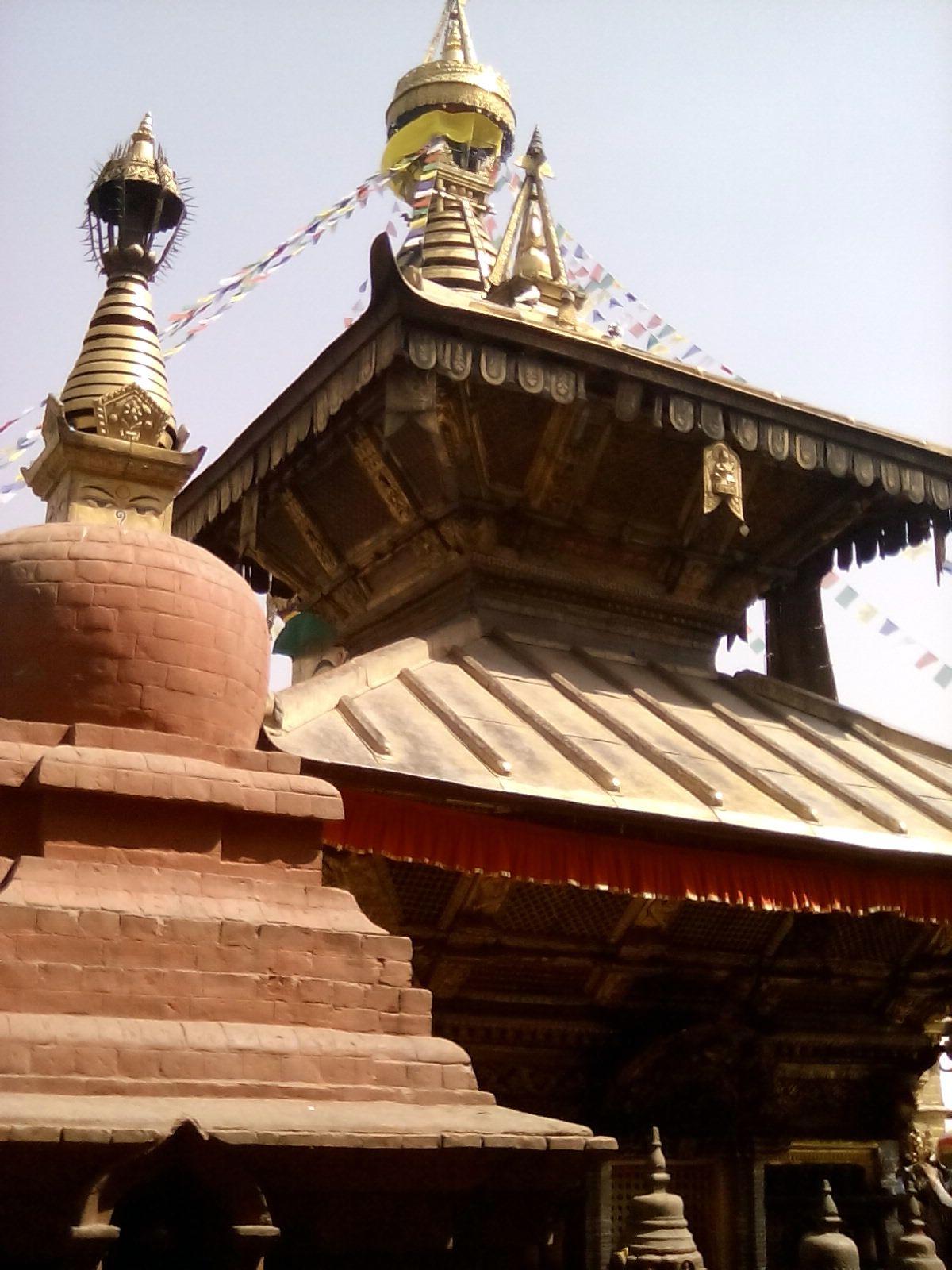 temple katmandou nepal decouverte