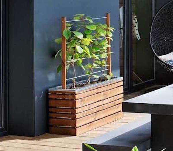 jardiniere deco bois et treillis jardin balcon