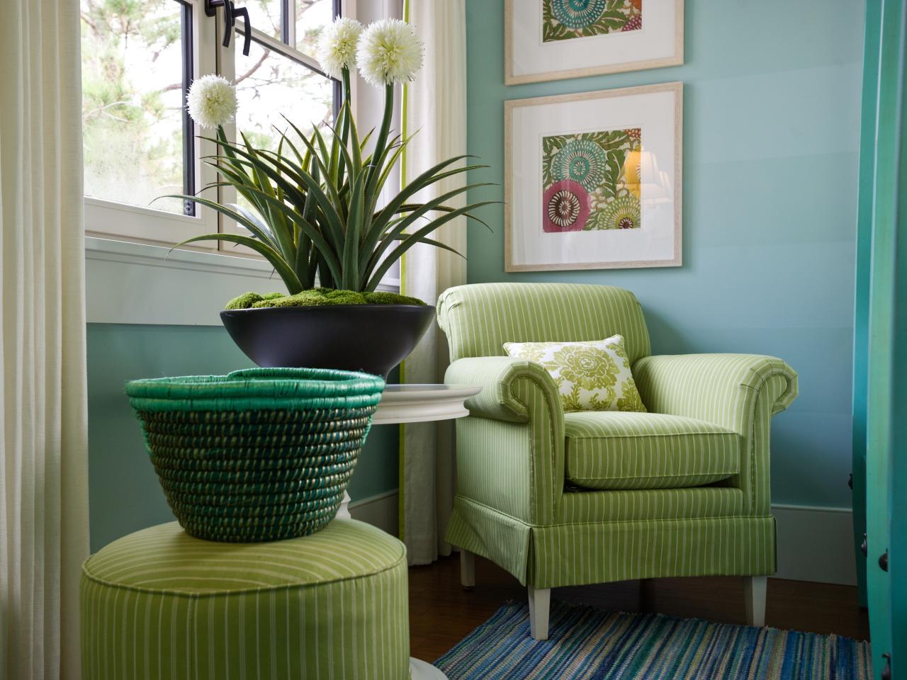 inspiration deco vert salon fauteuil