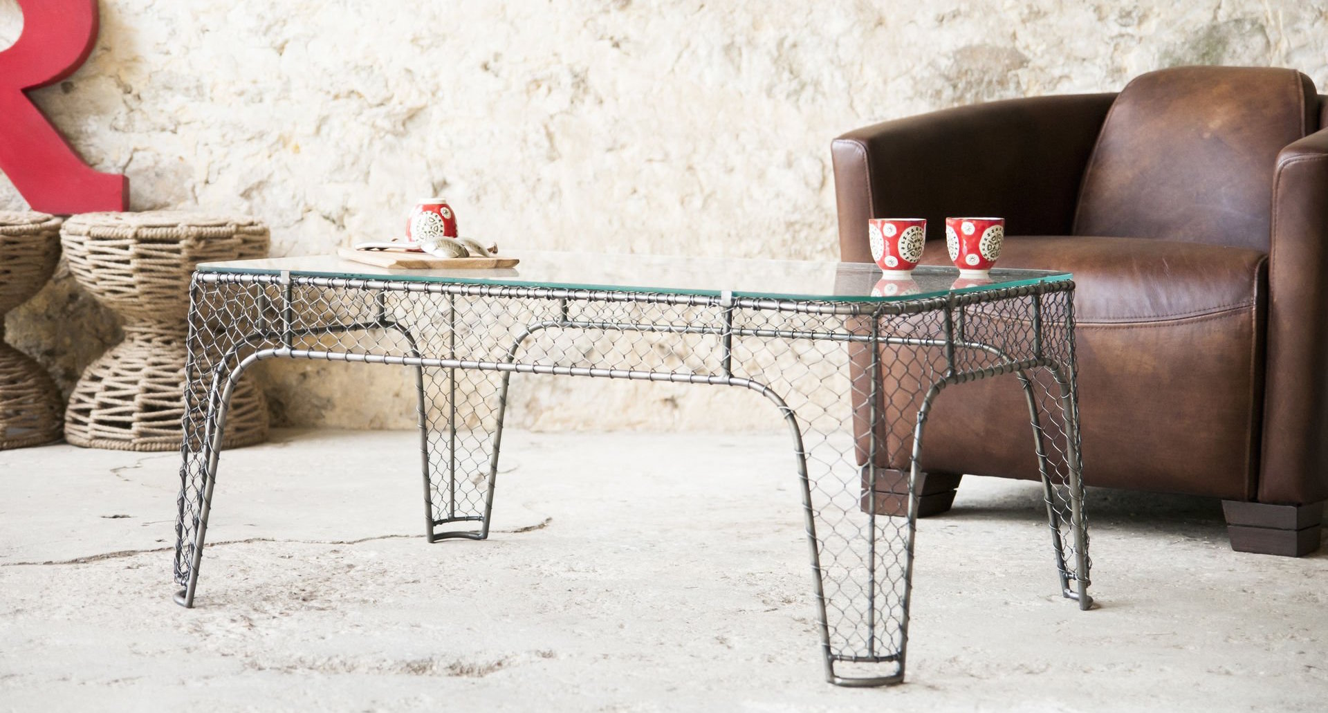table-basse-industrielle-metal-verre