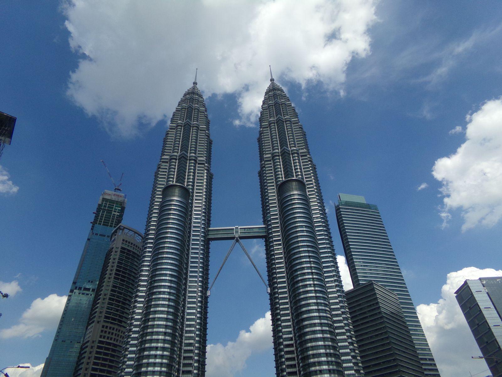 petronas tower kuala lumpur malaisie vie nomade