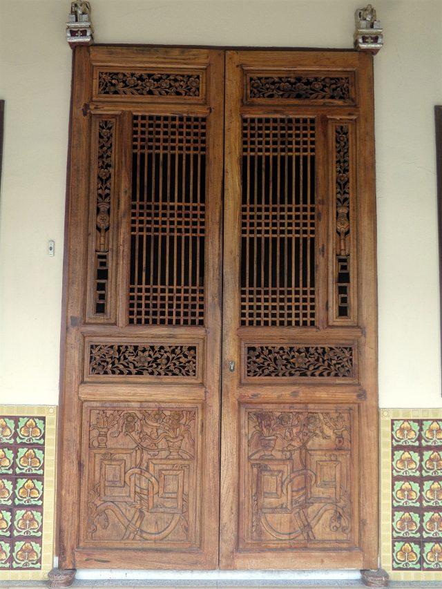 georgetown malaisie porte detail bois