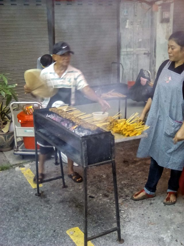 malaisie nourritue satay barbecue brochette