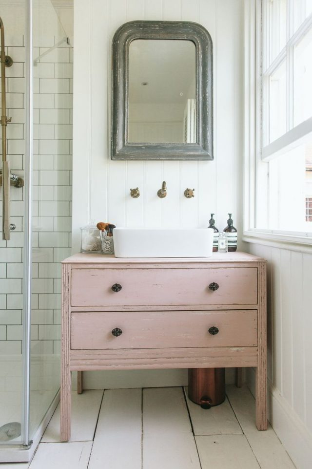 du rose dans la salle de bain cocon d co vie nomade. Black Bedroom Furniture Sets. Home Design Ideas