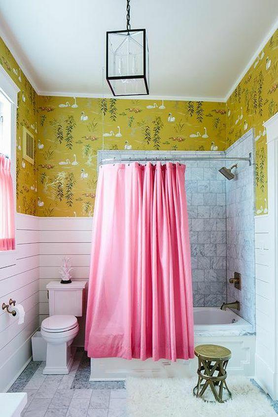 salle de bain retro rideau de douche rose